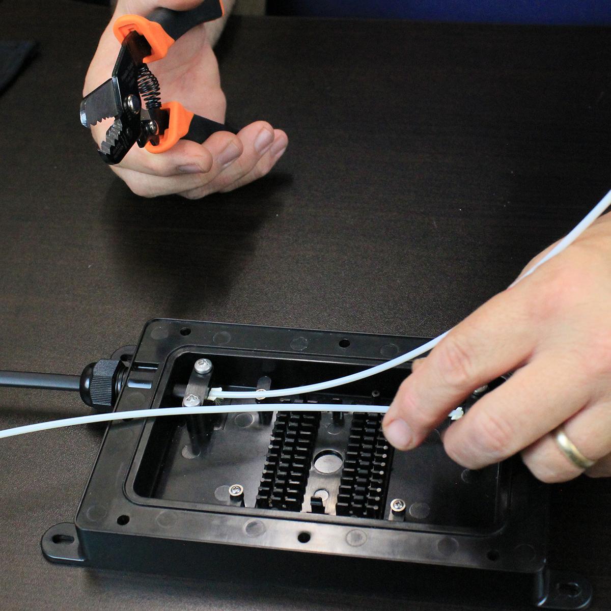 Drop Fiber Enclosure Kit (DFE)